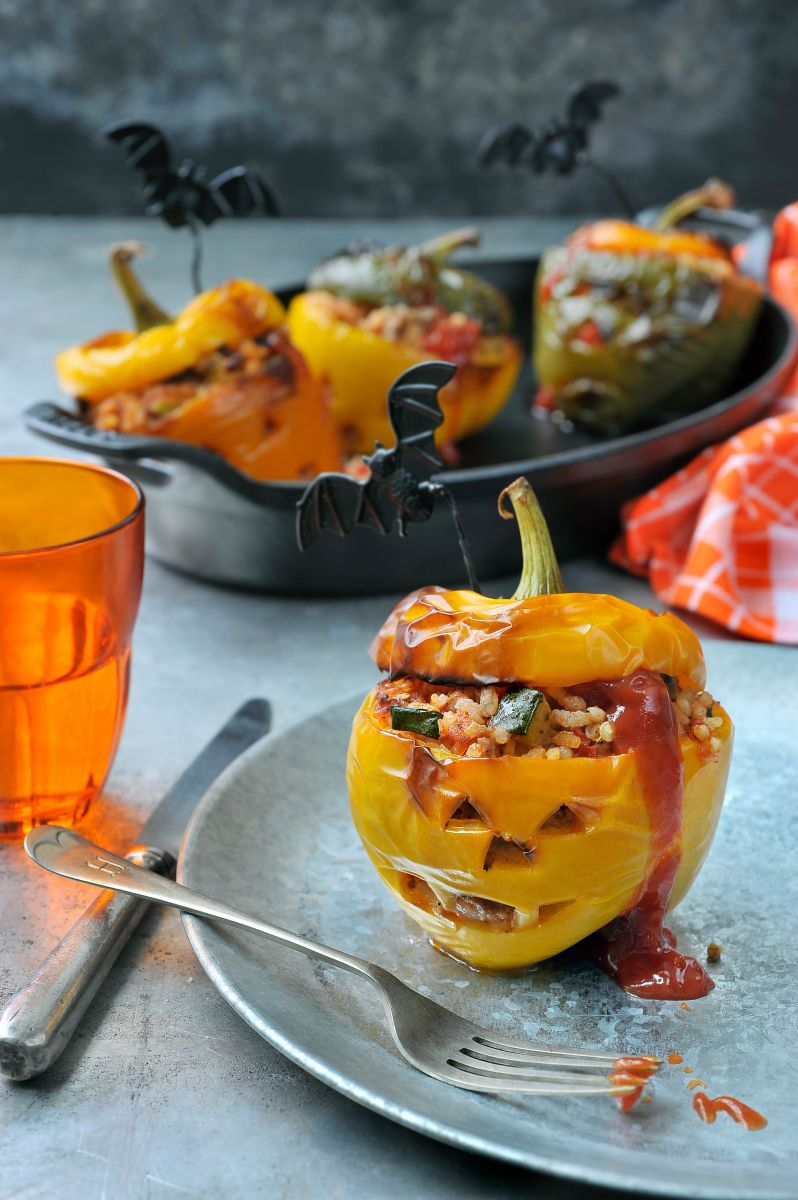 Griezelig gevulde paprika