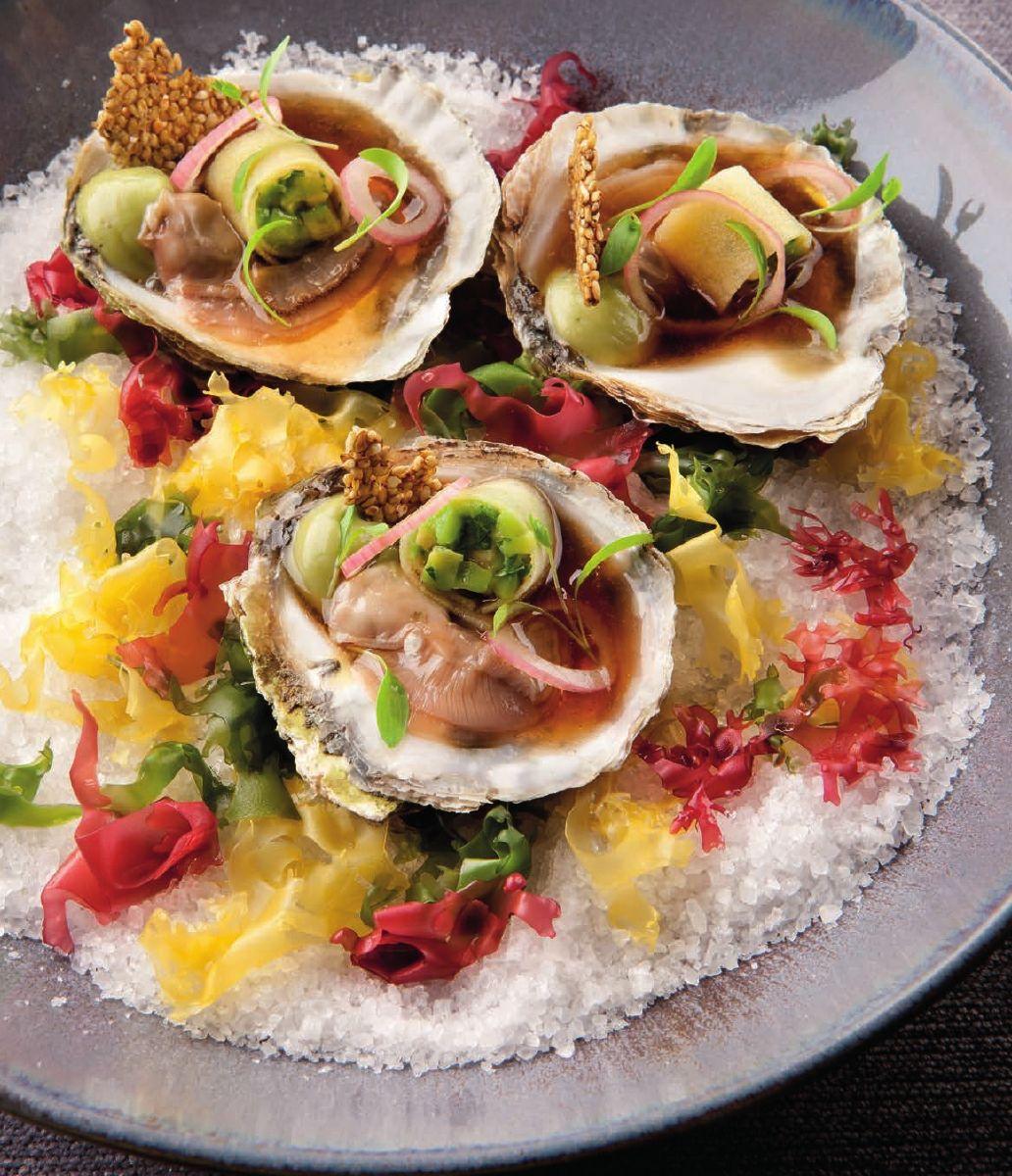 Zeeuwse oesters met een mayonaise van algen en avocado