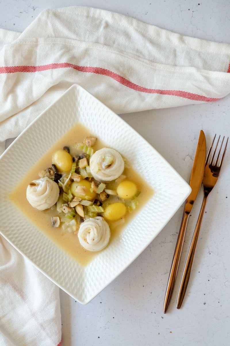 Schartongrolletjes met champignons, selder en krieltjes