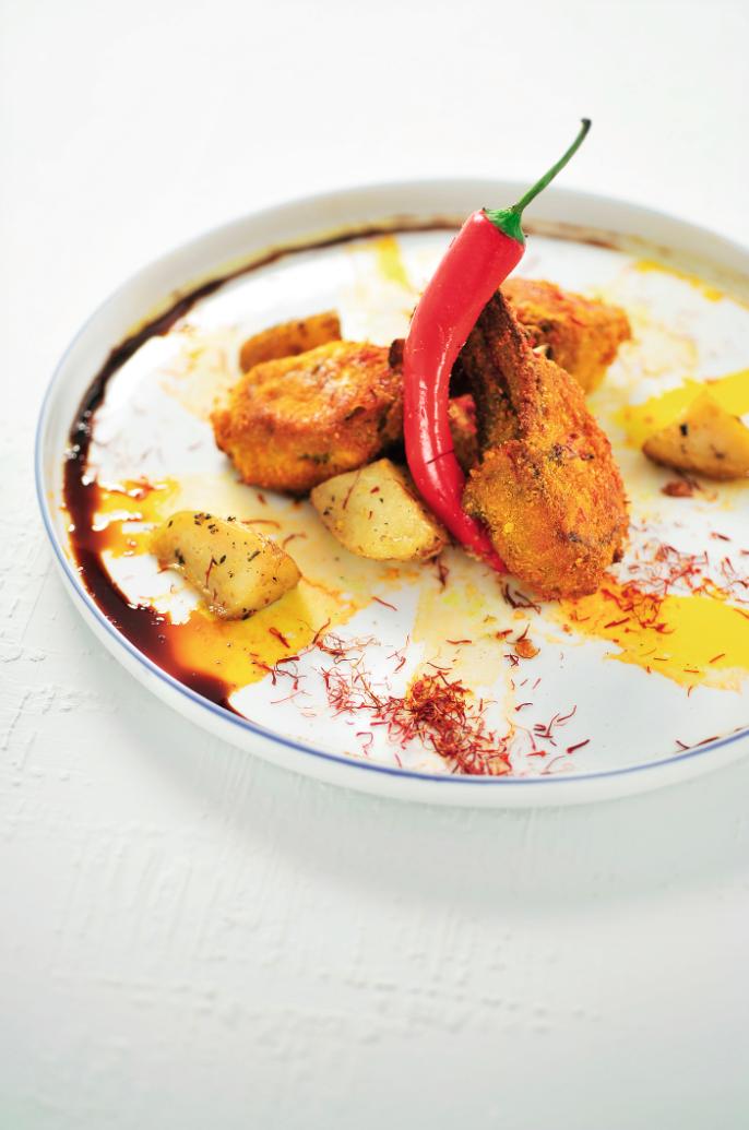 Lamskoteletjes met saffraan en aardappeltjes uit de oven