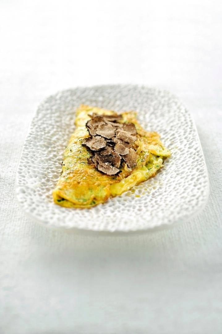 Omelet met porchetta en truffel
