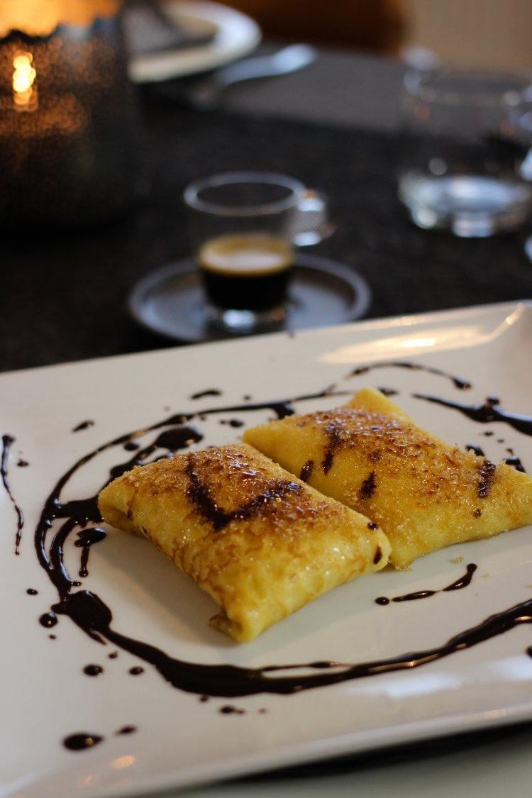 Pannenkoek met crème légère en chocolade