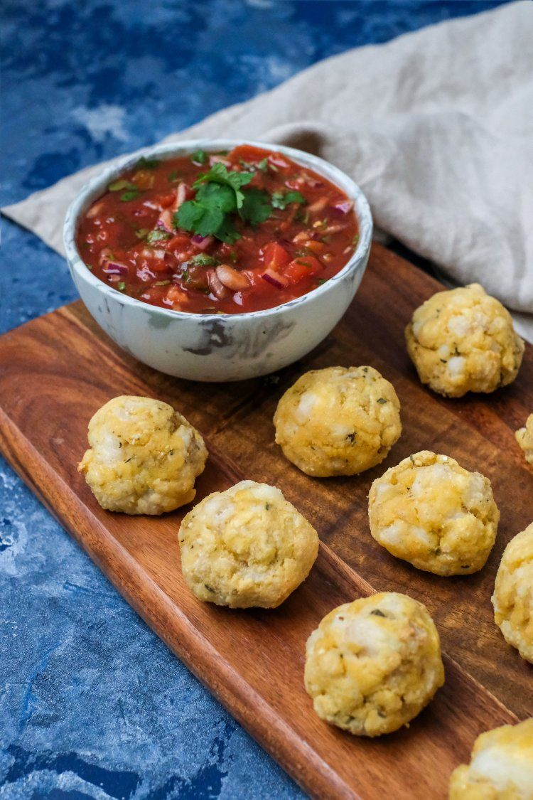Kabeljauwcakes met tomatensalsa
